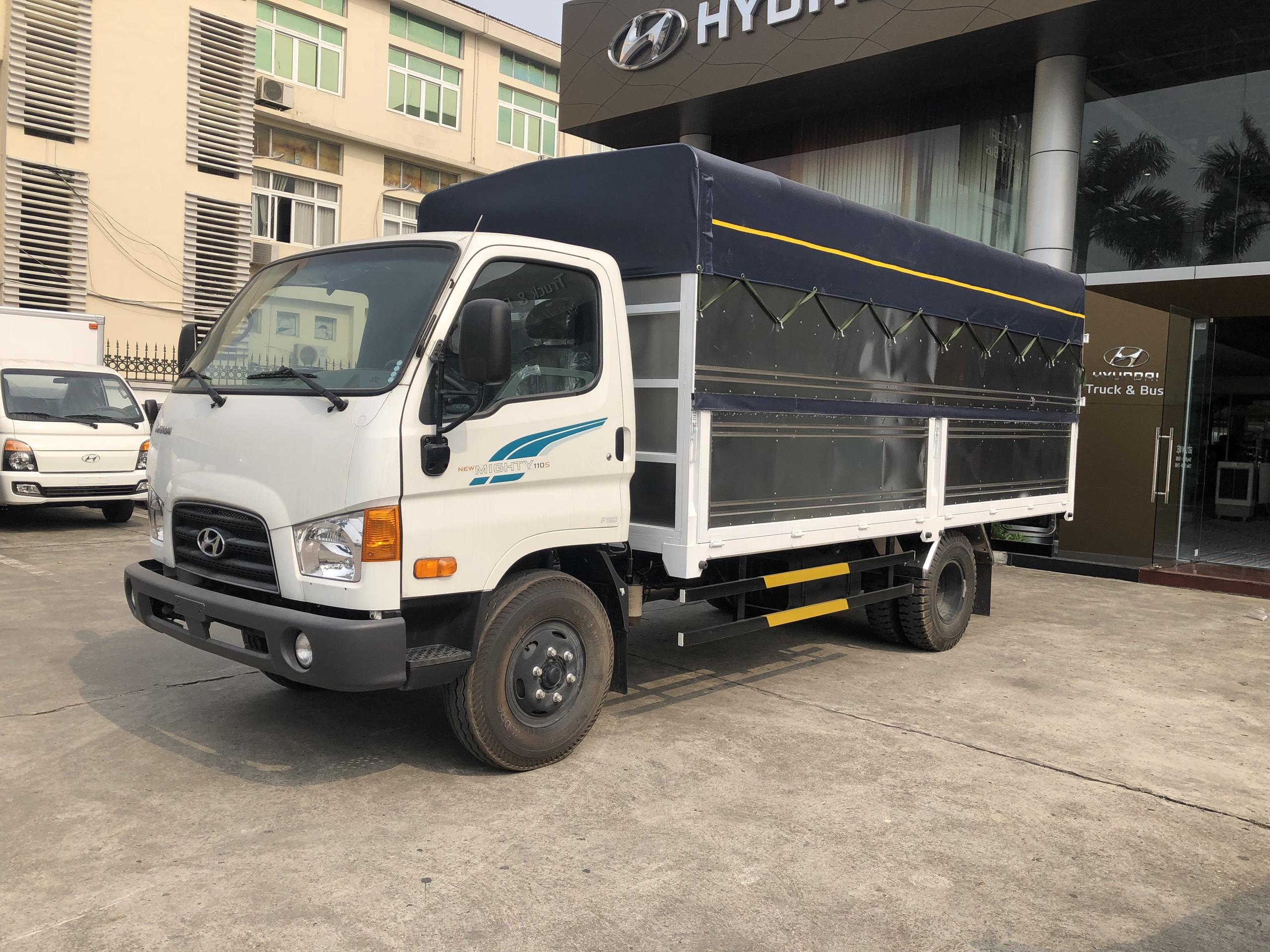Xe tải Hyundai 110S - 110SP 7 tấn thùng dài 5m - 2020