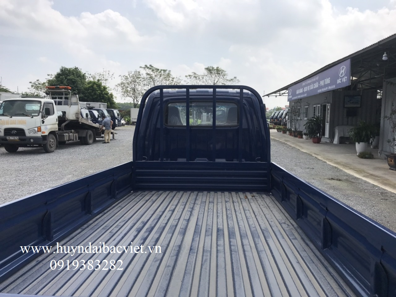 hyundai 1,5 tấn thung lung 06