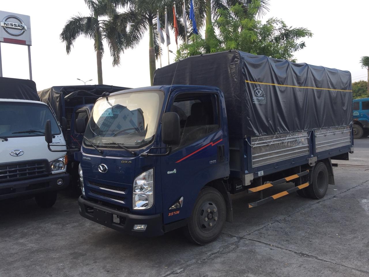Xe tải 3,5 Tấn IZ65 * thùng mui bạt * 2021